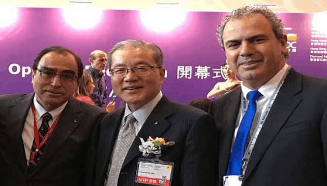 Israel Diamond Exchange President Yoram Dvash with Diamond Federation of Hong Kong President Lawrence Ma and the President of the Hong Kong-Israel Chamber of Commerce Rafael Aharoni