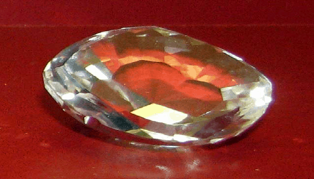 A glass copy of the Koh-i-Noor diamond