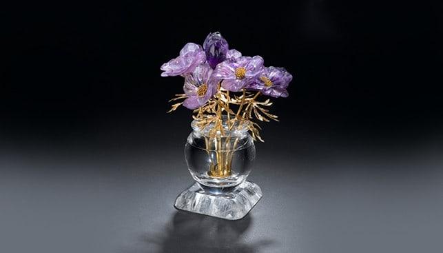 Amethyst Quartz vase Gold