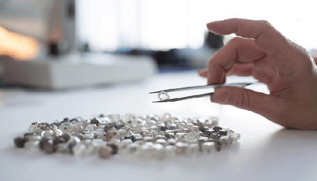 Sorting Rough Diamonds Dominion