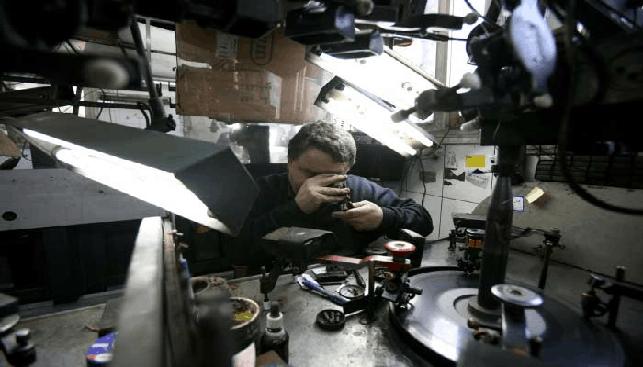 Inside a diamond polishing plant in Israel