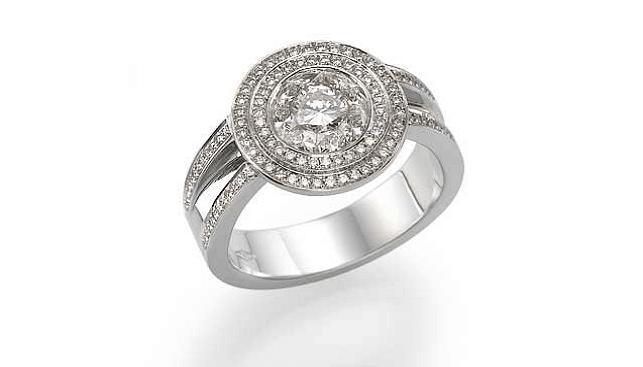 Yunison's Diamond ring