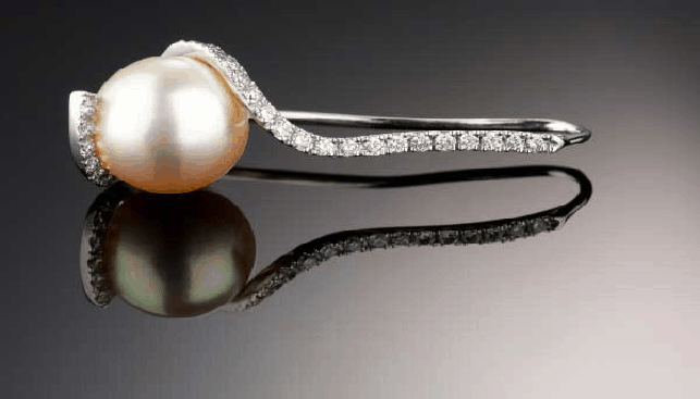 KGH Diamonds and Pearl ring
