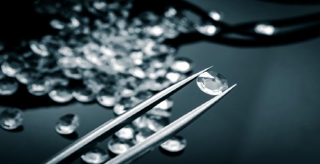 White Polished Diamonds