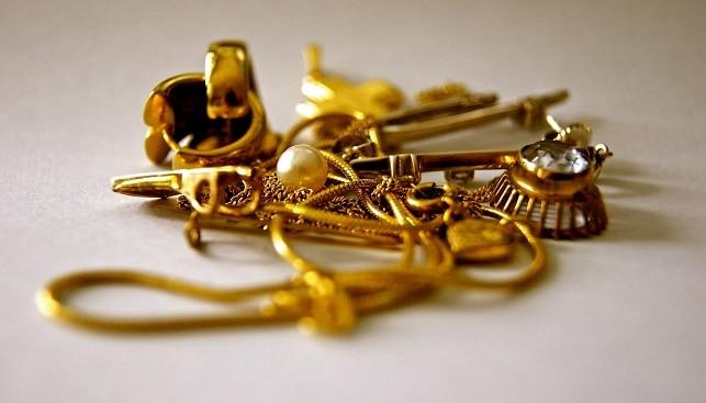 Gold jewelry India