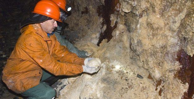 Underground diamond mining Russia