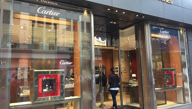 Cartier luxury store China