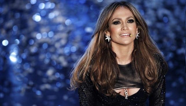 Jennifer Lopez diamond jewelry