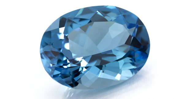 Aquamarine Birthstone: meaning of the the March Birthsotone