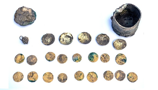 gold earring coins Caesarea