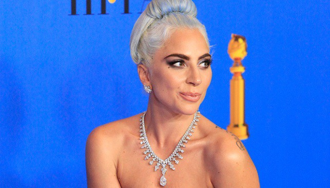lady gaga golden globe diamond