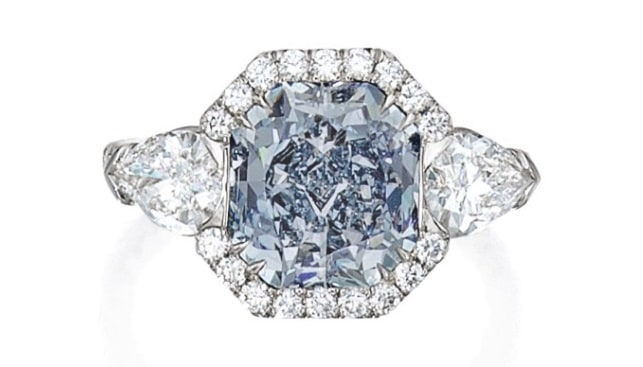 Intense Blue Diamond Ring
