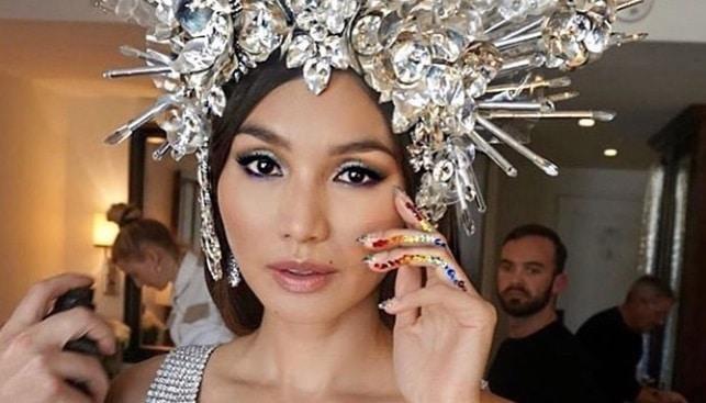 gemma chan diamond crown