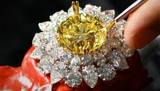 Mouawad Dragon diamond jewelry