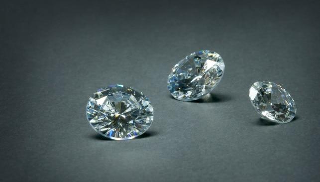 cubic zirconia diamond immitation