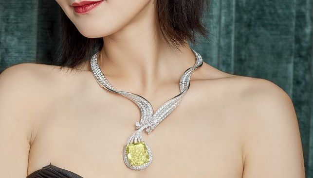Dunhuang Pipa Diamond Necklace
