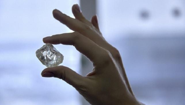230 carat diamond Russian miner Alrosa