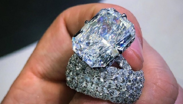 diamond ring nicki minaj