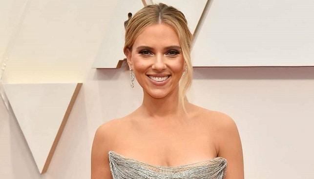 Scarlett Johansson diamonds oscars