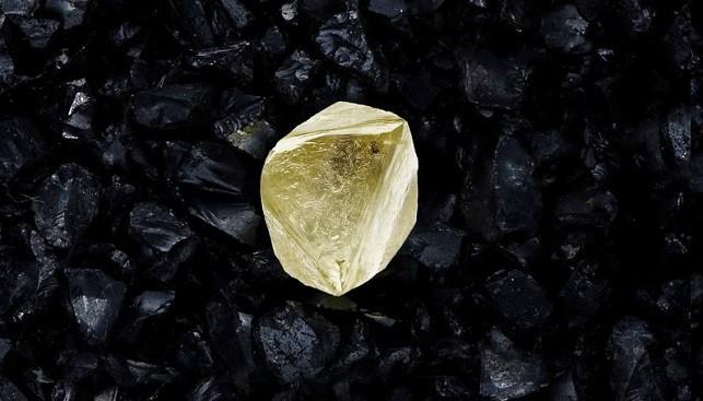 alrosa yello diamond Sputnik Covid19