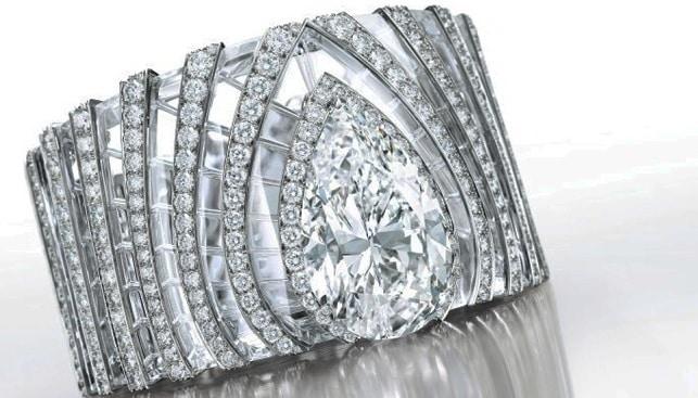 white diamond bracelet Cartier